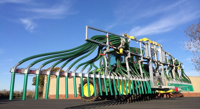 15 Metre Swing Up Dribble Bar from SlurryKat Engineering Ltd.