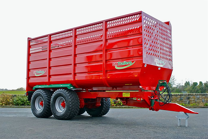grassline-silage-trailer-front-angle
