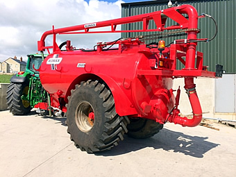 2000 Gallon Redrock Tanker For Sale from SlurryKat Engineering Ltd