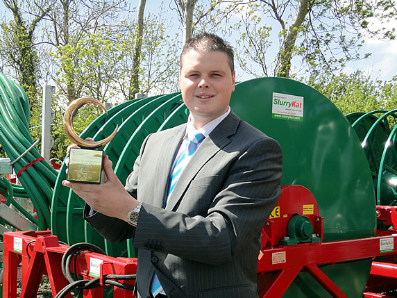 "Managing Director and Principal Engineer Garth Cairns of SlurryKat Engineering with the Prestigious ""Company of the year Award 2011""."