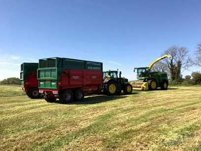 pro line silage trailers in use